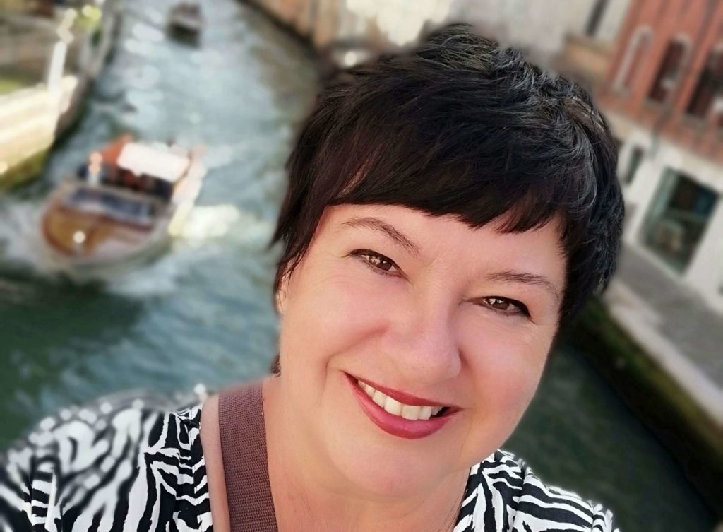 Portrait von Sonja Schiff die Storydoing Queen